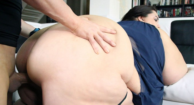 Bbw fucking in house